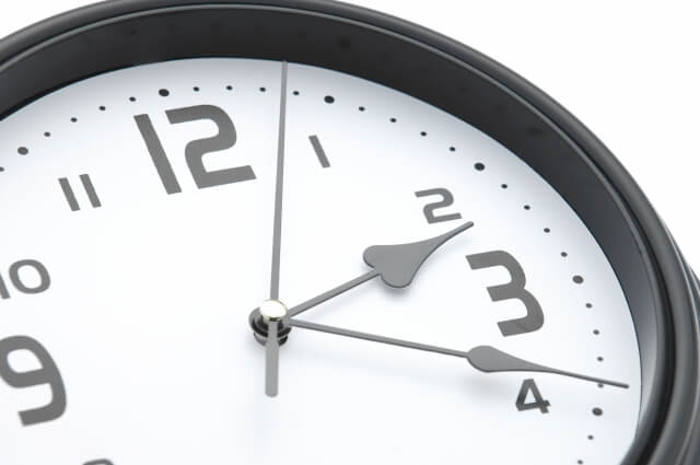 チャットレディがオンラインになっている時間を把握するべし!
