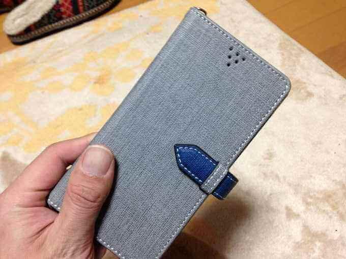 流行りの(?)手帳型スマホケースを使ってみた。