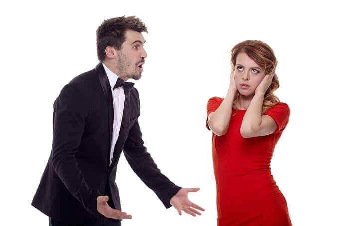 女をなめるな!! 嘘がバレた時に男がする言い訳の傾向