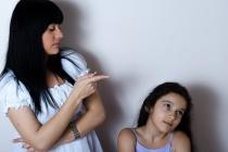 育児中は誰もが悩む「子供の叱り方」について。