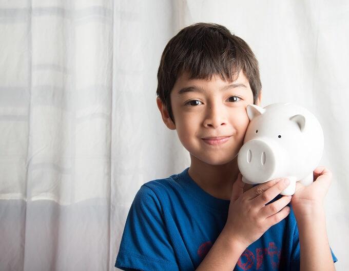 子供の頃からお金を貯める習慣を付けるポイント